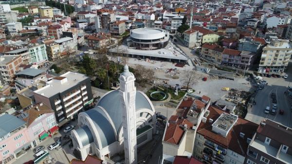 Demirtaş Meydanı ve Kültür Merkezi