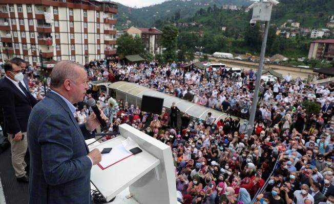Cumhurbaşkanı Erdoğan Rize'de: 3-4 katı geçmeyecek konutlar inşa edeceğiz