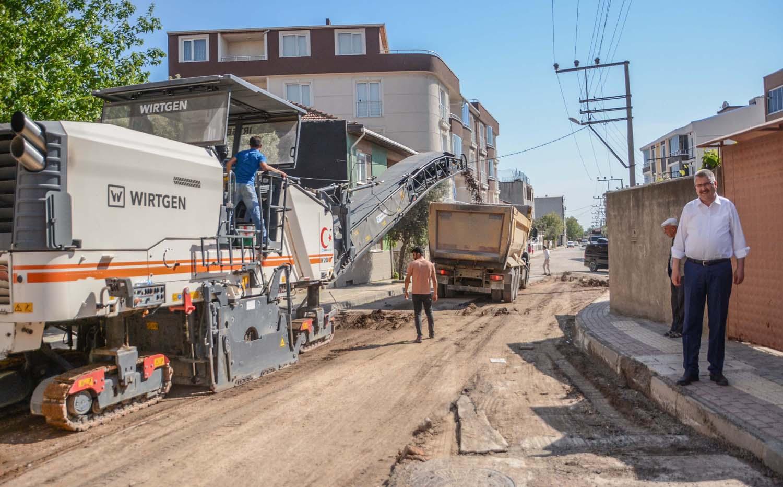 Karacabey'de altyapı ve asfaltlama çalışmaları tam gaz